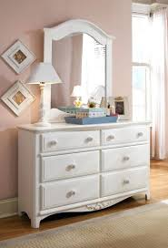 Contemporary Bedroom Dresser Exciting Small Contemporary Bedroom ...
