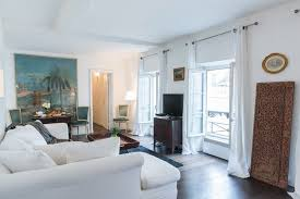 2 Bedroom Vacation Rental Set In The Heart Of The Marais In Paris