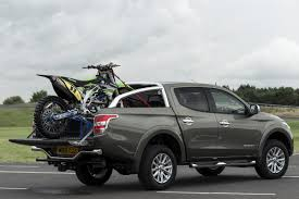Mitsubishi L200 Review & Ratings: Design, Features, Performance ...