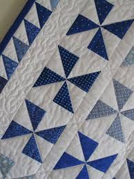 Pinwheel quilt detail - I like the triangle boarder | Quilts and ... & Pinwheel quilt detail - I like the triangle boarder Adamdwight.com