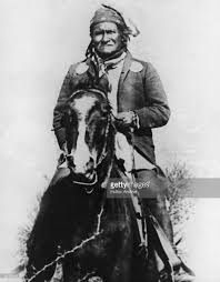 Portrait Of Native American Indian Chief Geronimo 1890s Spur
