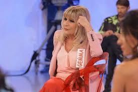 Her birthday, what she did before fame, her family life, fun trivia facts, popularity rankings, and more. La Puntata Di Uomini E Donne Di Mercoledi 3 Giugno 2020 Tv Fanpage