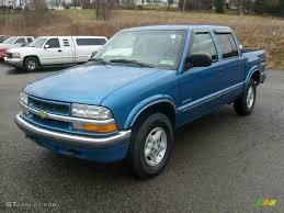 2001 Bright Blue Metallic Chevrolet S10 LS Crew Cab 4x4 #10930058 ...