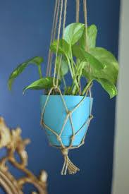 free macramé plant hanger patterns