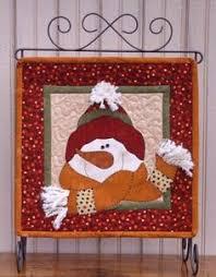 8 Snowman Quilt Patterns | Snowman, Window and Patterns & The Wooden Bear Quilt Designs: January: All Bundled Up - adorable little snowman  quilt! Adamdwight.com