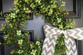 spring front door wreathsSpring into spring with these adorable front door wreaths