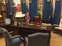Jimmy carter oval office Museum Oval Office Pictures The Set From The West Wing Oval Fice Amazing Props Department Casuallysmartcom Replica Oval Fice At The Jimmy Carter Library And Museum Oval