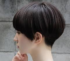 髪型はベリーショートでおしゃれに人気のスタイルをチェック