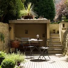6 Shaded-seating-area-small-garden-ideas-Darren-Chung