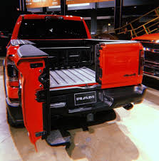 2019 Ram 1500 Pickup with Multifunction Tailgate - Timbren ...