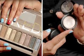 how to apply eyeshadow for beginners makeup tips and tricks you