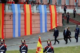 Sánchez da su pleno apoyo a Argentina en sus negociaciones con el FMI