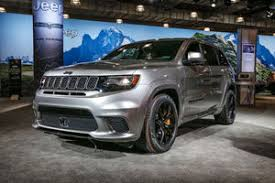2018 jeep grand cherokee srt. simple 2018 2018 jeep grand cherokee trackhawk front three quarter 02 inside jeep grand cherokee srt t