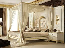 King Size Canopy Bed Curtain Striking Way of Decorating King