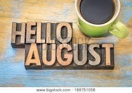 Реферат Здравствуйте августе слово реферат в старинный letterpress древесины типа блоков против гранж деревянный фон с чашкой