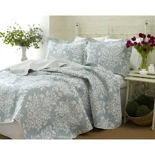 better homes and gardens quilts comforters quilt collection jeweled damask better homes and gardens quilts
