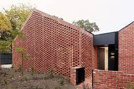 Podem ser usados em ambientes internos e externos (muros e fachadas). Fachada Tijolo 1 Ciclovivo