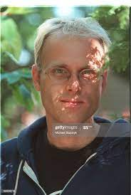 Darren O'Donnell with shadows on his face-kind of a radioactive... News  Photo - Getty Images