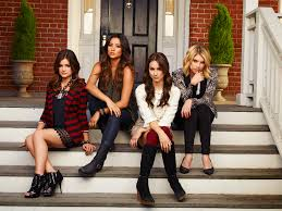 pretty little liars costumes for after the time jump prove the future is so fashion forward