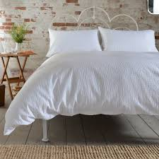 deyongs inventory seerer duvet cover set single white unavailable duvet sets from boswells