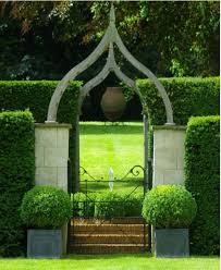 Garden Gate Landscape And Design Pin By Jodi On Topiaries Boxwoods Garden Entrance