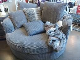 Best 25+ Oversized chair ideas on Pinterest | Big chair, Comfy ...