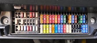 cars & fuses skoda fabia fuses box skoda fabia relay diagram at Where Is The Fuse Box On A Skoda Fabia