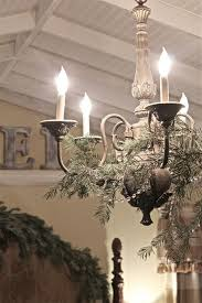 17 gorgeous chandelier for a yuletide home decor 15