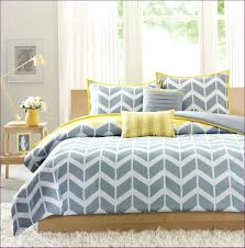 articles with yellow and white striped duvet cover tag
