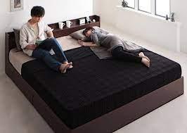 キング サイズ ベッド