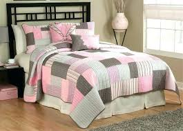 pink bedspread queen light pink bedspread projects design pink bedspreads and comforters best brown bedding images