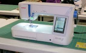 Best Sewing Machines of 2015 / 2016   Sewing Insight & Janome Skyline S7 Review Adamdwight.com