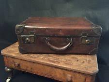 vintage luggage. fab vintage leather suitcase luggage