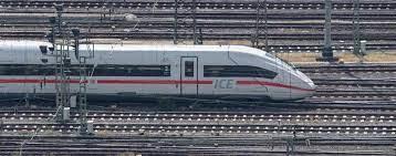 Die deutsche bahn ag ist das größte eisenbahnunternehmen in mitteleuropa mit sitz in berlin. Eilcry0vbd4vrm