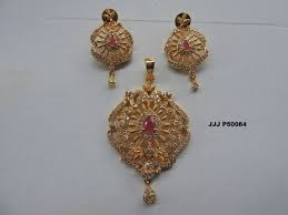special offer pendant earring set up