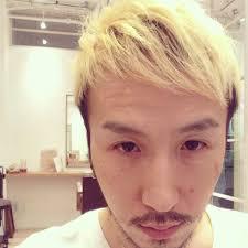 日本人でも白い髪になれる本気で髪を白くした結果 表参道