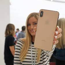 New gold iPhone Xs Max ...