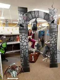 Halloween decorations for office Ceiling Abandoned Castle Halloween Decorating Theme Lee Home 55 Best Halloween Cubicle Ideas Worth Replicating At Your Office