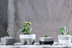 Coloque a toalha sobre o balde;; Como Fazer Vaso De Cimento 77 Modelos E Passo A Passo Facil