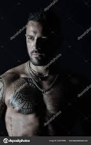 Přizpůsobit Model Designem Tetování Kůži Vousatý Muž Tetovaný