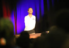 nick vujicic  vujicic speaking to students in florida in 2015