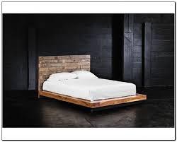 Low Platform Bed Frame King Size On Black Wooden Design How to Let ...