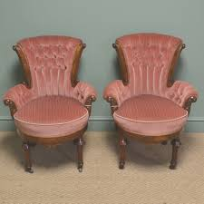 Old Fashioned Bedroom Chairs Antique Vanity Chairs For Bedroom Regarding Antique Bedroom Chairs
