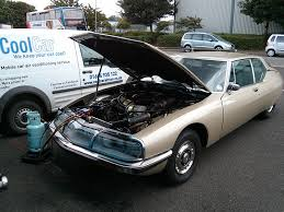 car air conditioner service. service check car air conditioning works conditioner