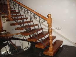 Atendemos com qualidade e pontualidade. Guarda Corpo De Madeira Arte Corrimaos E Escadas