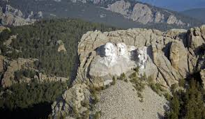those famous faces south dakota places to see what to see mount rushmore