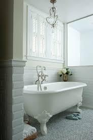 Clawfoot Tub Bathroom Ideas Interesting Decorating Bathroom With Clawfoot Tub Bathroom Paint Yellow