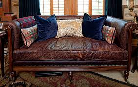 a classic frame covered in a classic color since i m a traditional girl at heart i ve tended to pick classic pieces of leather furniture for my own home