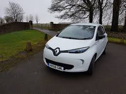 2018 renault zoe range. interesting zoe renault has introduced a range of updates for its zoe the biggest  addition the fullyelectric supermini is more powerful battery with  inside 2018 renault zoe