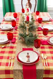 simple traditional christmas tablescape tips and tricks for recreating the  look.